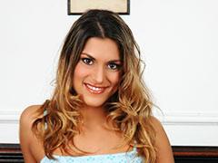 ハンガリー美女と異文化交流 -  サラ -