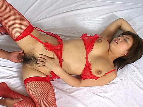 天然ムッチリ巨乳娘に顔射セックスみゆき 無修正画像06