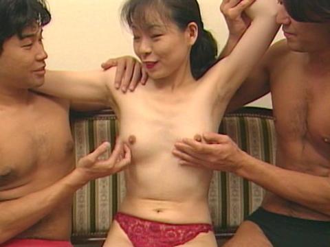 近所の奥さんと…!?しいな 無修正画像01