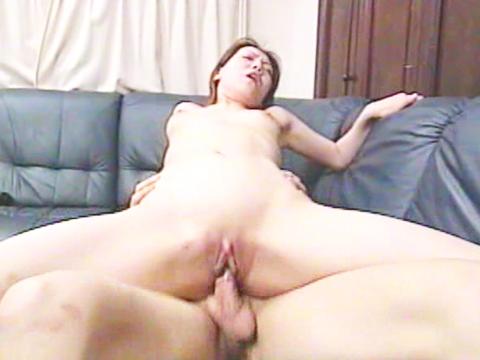 パイパンスリムな熟女のりこ 無修正画像04