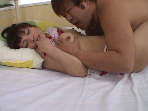 ロリ美少女のゆりかちゃんのムチムチボディを好き放題調教しながらセックス Part.2 無修正画像02