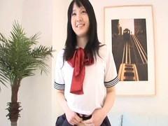 ミニスカ女子校生は会員制クラブでパイパンのロリマンコにたっぷり中出し3P part.1